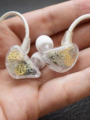 az重低音炮掛耳式入耳式耳機安卓蘋果手機電腦通用男女生有線控帶麥K歌吃雞HIFI音樂可愛耳塞