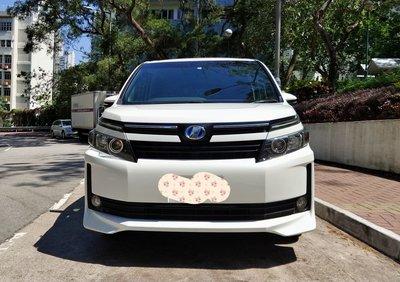 2014豐田Voxy Hybrid V版