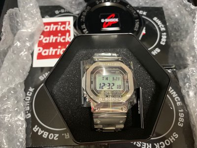 Casio G shock GMW-B5000D-1 銀鋼