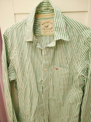 只下水沒穿過幾乎全新美國帶回~美國專櫃品牌Hollister長袖男生襯衫