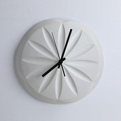 〖洋碼頭〗現代簡約掛鐘客廳北歐個性創意陶瓷掛鐘牆飾時尚臥室圓形鐘錶 bhm184