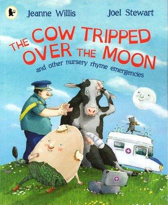 *小貝比的家*THE COW TRIPPED OVER THE MOON/平裝/3~6歲/中秋節