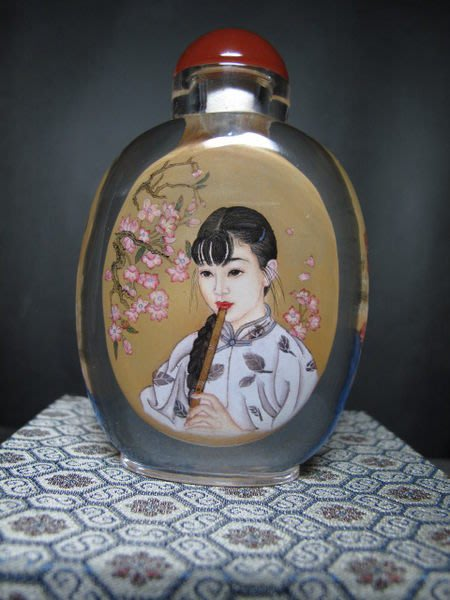 水晶玻璃 鼻煙壺◎ 吹蕭少女+梅蘭芳肖像【劉守本款】
