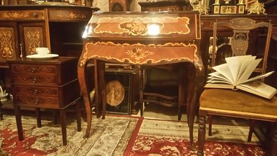 【家與收藏】特價稀有珍藏歐洲百年古董義大利古典優雅精緻手工inlaid鑲嵌寫字桌/櫃
