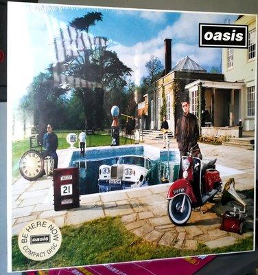 OASIS 綠洲合唱團 - Be here now(全球限量黑膠尺吋 CD Box Set)全新未拆封