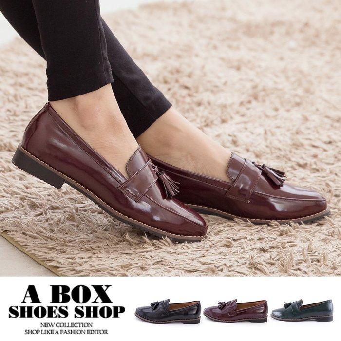格子舖*【KT535】2.5CM牛津鞋 英倫風情 小流蘇質感光澤亮皮 低跟紳士鞋包鞋 3色