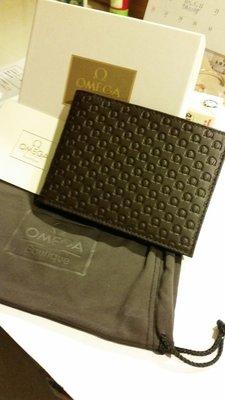 OMEGA壓紋真皮短夾(商品來源:台北101專櫃)型號:7020220002