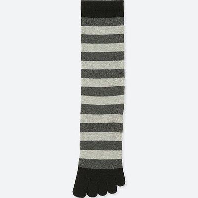 UNIQLO 五指長襪 黑灰條紋 款 男女通用 五指襪 五趾襪 材質極舒服 單雙 限量特價:99元 購買6雙可享免運費