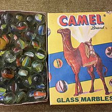 【五六年級童樂會】 早期絕版 最經典的駱駝牌 整盒裝玻璃彈珠 眾多收藏怎能少這一味