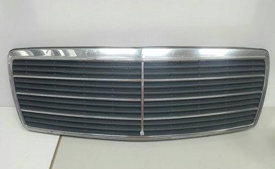 W140 M104 1991-1994 水柵總成 水箱護罩 水箱罩 水柵 外匯 (7條線) 1408800783
