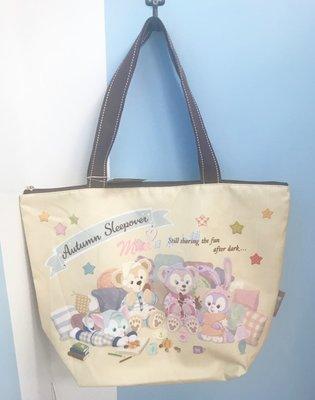 ☆Mia日系小舖☆【現貨】東京迪士尼 達菲家族 睡衣系列 收納式 拉鍊購物袋