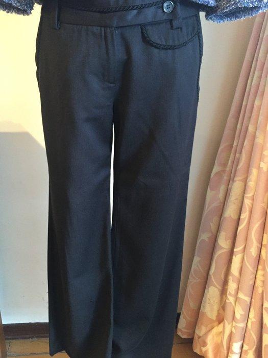 LINDARICO 義大利品牌 - 黑色直筒褲送 JACOB 米白色無袖高領背心 (買一送一)