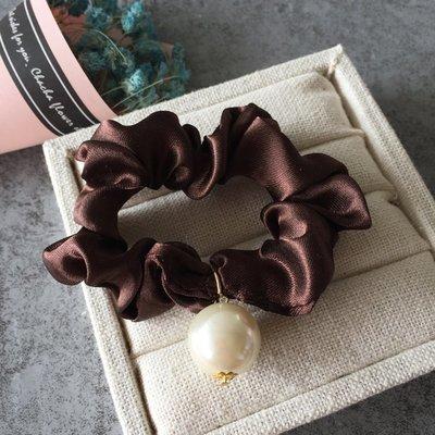 宏美飾品館~韓國簡約百搭發飾頭飾好品質光澤布藝珍珠點綴腸圈發圈發繩頭繩