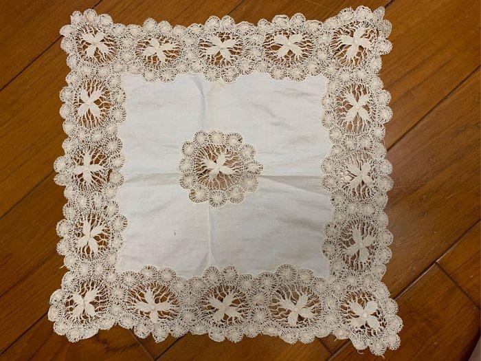歐洲諾曼第38*39cm古董蕾絲巾