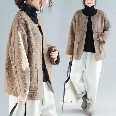 Thick girl中大尺碼女裝服飾。❤保暖羊羔毛短版外套
