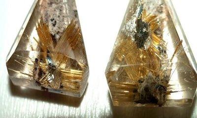 □§Disk的天然水晶§□【六芒鈦晶花】黃金鈦晶三角造型墜