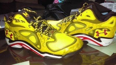 under armour ua Anatomix Spawn maryland curry MVP 9.5
