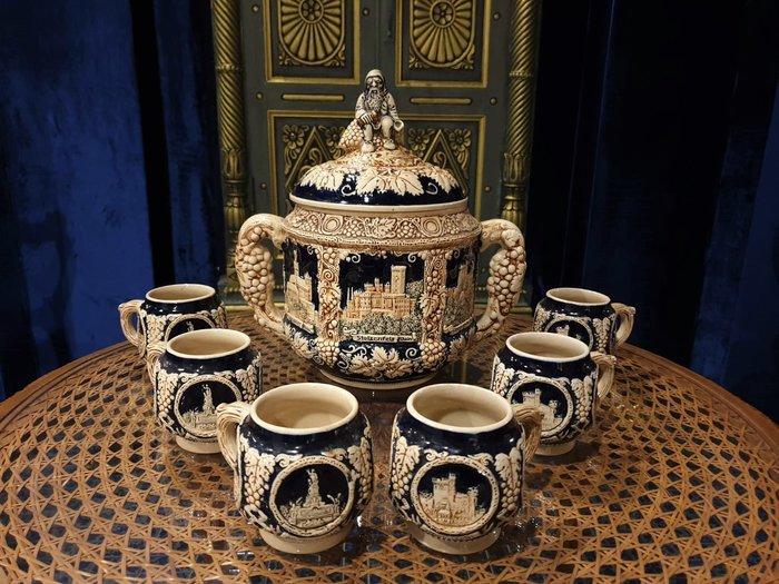 【卡卡頌 歐洲古董】 德國老件 細膩 深浮雕 個性 啤酒杯 組  歐洲老件 ✬