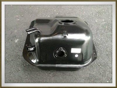 【帝益汽材】中華 三菱 DELICA 得利卡 2500 4X4 廂型車 自排 油箱-後《另有賣大燈、角燈、車窗升降機》