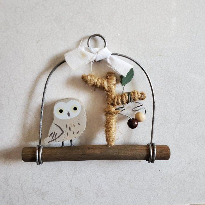 美生活館 --- 日本進口 鄉村Zakka風 復古仿舊 秘密花園 吊飾--貓頭鷹 --店面民宿 餐廳 禮品