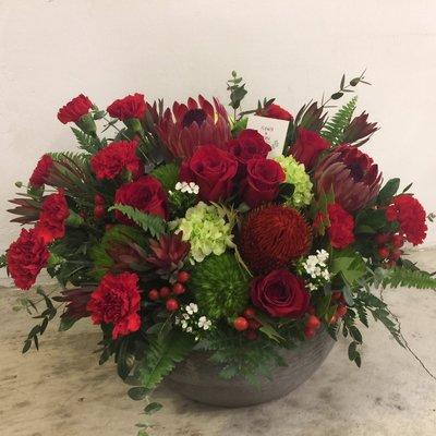 N06。年節花禮。紅色+水泥盆花。Flower&House。台北西門。歡迎自取