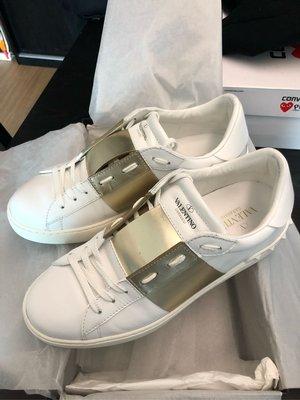 Valentino Open Low Top Sneaker UK6 EU40 White & Gold Color 白金色