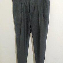 大尺碼素深灰色西裝褲