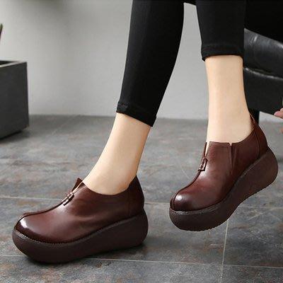 *菇涼家*019秋季復古厚底牛皮松糕女单鞋深口軟底轻便真皮鞋圆頭高跟女鞋