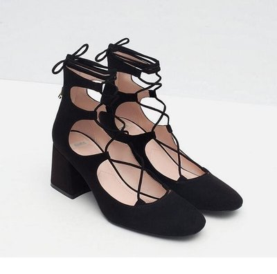 交叉綁帶粗跟鞋(黑色) / 類似ZARA