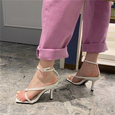 淘鞋季 高跟方頭涼鞋2020新款細跟一字扣帶夾趾涼鞋