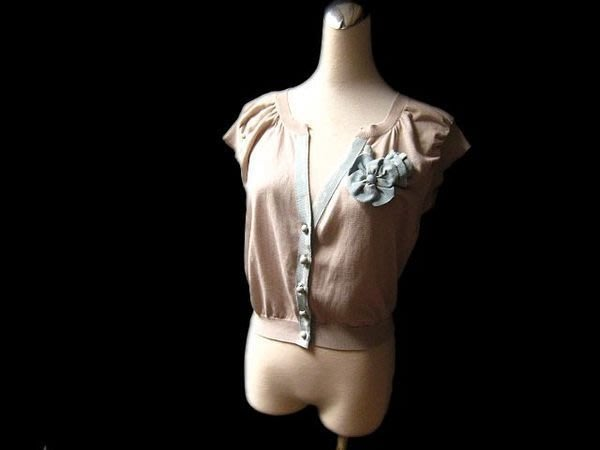 *Beauty*MOSCHINO粉藍色緞帶花卡其色短版針織外套 近全新 WE12