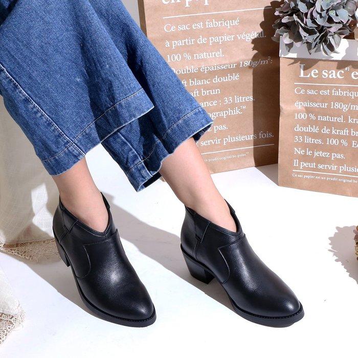 223短靴 柔軟氣墊底 前V口顯瘦修飾真皮短靴 機車靴 馬靴 MIT台灣手工鞋 丹妮鞋屋