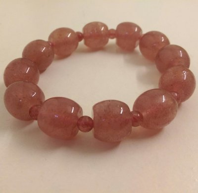 天然草莓晶手珠 糖果造型 11.7mm 招人緣 粉晶