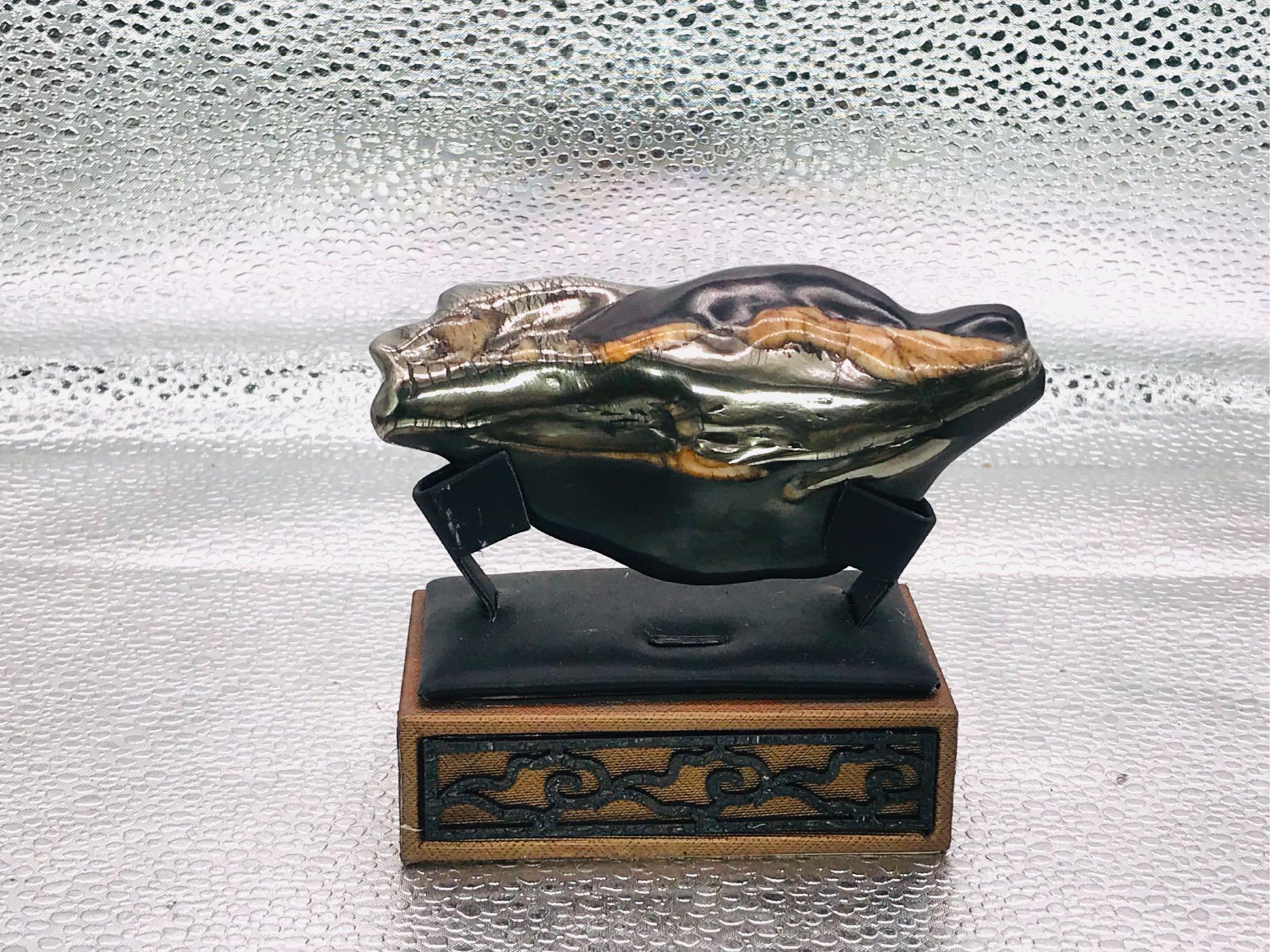 龍紋石。原型台灣。修飾拋光。907