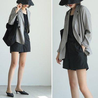 輕鬆穿出高級感~ 簡約百搭西裝外套 時髦薄款休閒西服 黑色 灰色 通勤日常 歐美韓國 ♥ CSS ♥