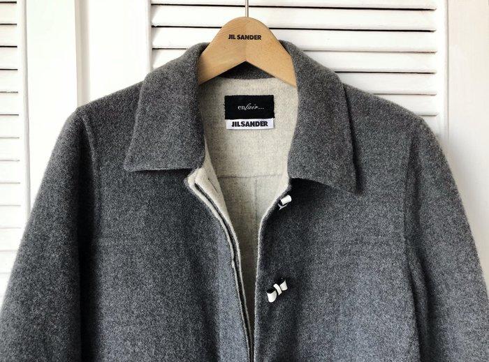原價13萬 Jil Sander 鐵灰X白蝴蝶釦高端初剪羊毛大衣