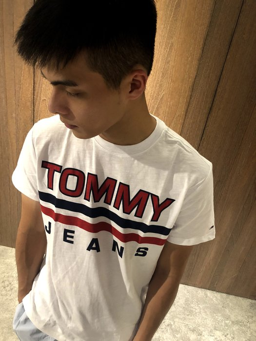 美國百分百【Tommy Hilfiger】T恤 TH 男款 圓領 短T 短袖 上衣 白色 T-Shirt J204