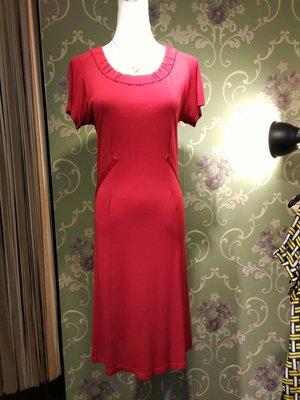 晶采臻品:CELINE真品~紅色修身洋裝~特價5880