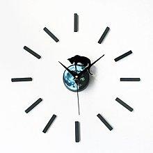 【四季居家用品】創意神秘精靈可愛小貓DIY鐘墻面壁diy掛鐘趣味時鐘表背景墻自粘