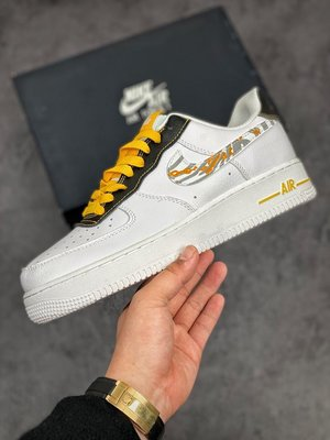 "Nike Air Force 1 '07 Low""Features Gold Links and Reflective""空軍一號經典低幫百搭休閒運動板鞋"