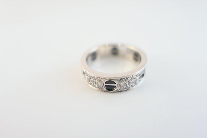 [吉宏精品交流中心]CARTIER 卡地亞 LOVE 黑陶瓷 滿天星鑲鑽 白K金 55號 戒指