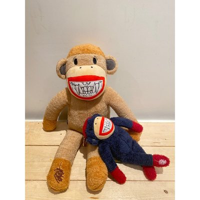 "Ron English x APPortfolio 猴子組合 ""Sock Monkey Grin Plush Doll"""