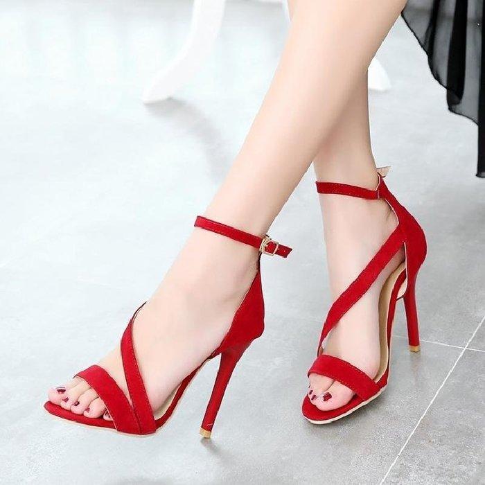【星居客】精美女鞋大小碼女鞋  韓版時尚新款涼鞋32 33小碼細高跟鞋40-43大碼輕熟女鞋簡約百搭S932
