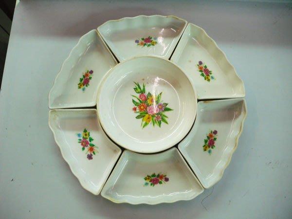 大台南冠均二手貨民安店--7件組 拼盤 冷盤 小菜盤 塑膠盤 餐盤 量多 便宜賣 辦桌/宴會/餐廳/外燴 *餐飲設備