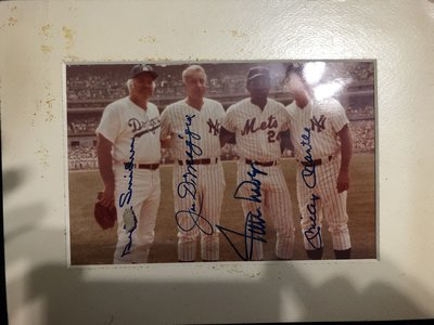 mickey mantle joe DiMaggio Willie Mays Duke snider簽JSA26000元