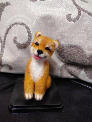羊毛氈微笑小柴犬擺飾