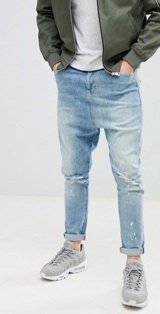 ◎美國代買◎ASOS雙膝刷破設計尿布褲哈倫褲型英倫時尚仿舊淺藍刷色刷破哈倫褲牛仔褲~歐美街風~大尺碼~