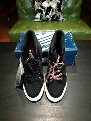 E hyphen x Admiral  聯名款  ♥日本品牌♥  黑色帆布+天然皮革 布鞋 (兩色鞋帶) 特價2050元