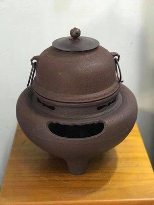 [已售出] 日本風爐 朝鮮風爐-岩肌 日式擺設.造景((日式火缽鬼面風爐日式風爐 可參考