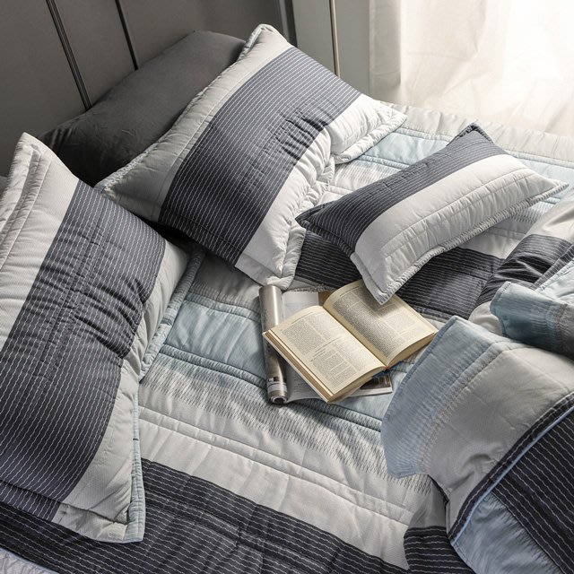 MIT精梳棉【利物浦】雙人加大床罩組(5件式)-絲薇諾